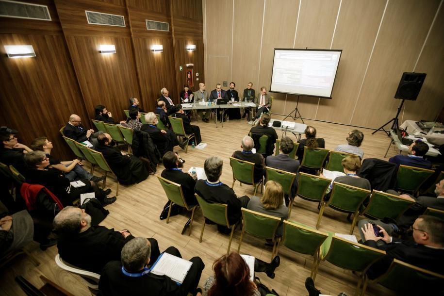 Sesiune comunicări științifice IOTA/ Fotografii: Oana Nechifor
